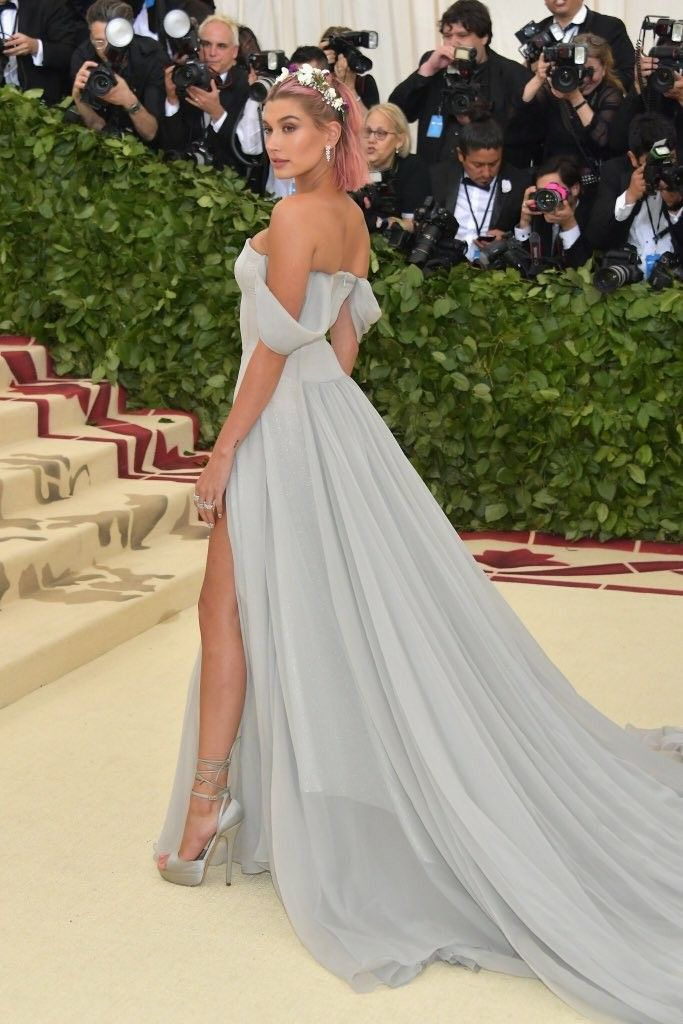 45b14cde293 Hailey Baldwin Met Ball 2018