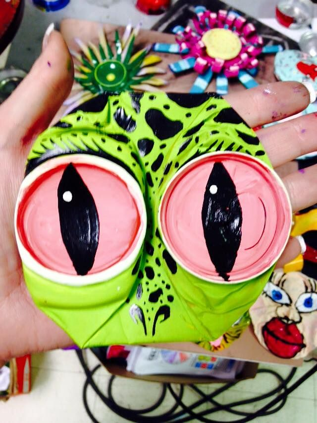 125 best images about ways to reuse tin cans coke cans for Reduce reuse recycle crafts