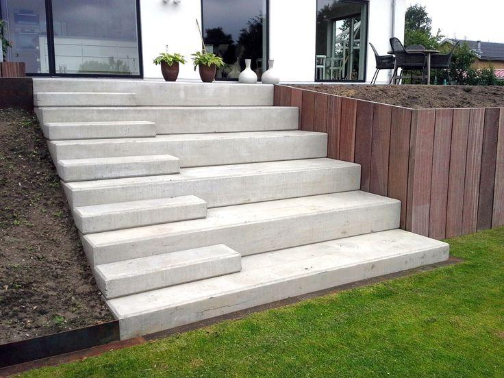 25 best ideas about escalier ext rieur b ton on pinterest for Coffrage escalier en beton exterieur