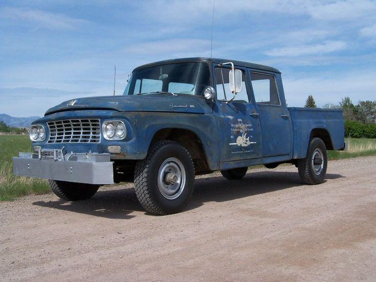 1962 International Travelette C120 Crew Cab 4x4
