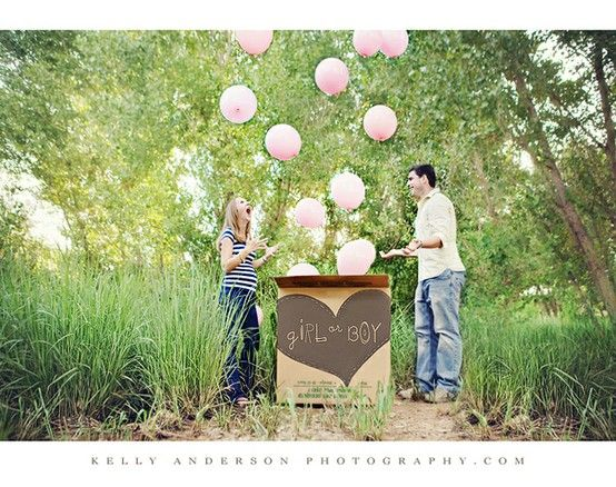 Gender Reveal With Balloons. cute idea.: Gender Reveal Photo, Baby Gender, Gender Reveal Parties, Cute Ideas, Reveal Ideas, Balloon, Photo Shoots, Kid, Baby Shower