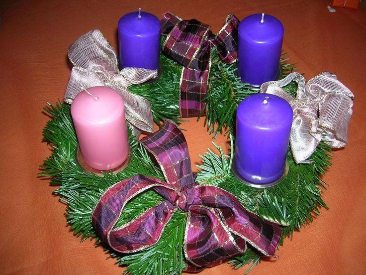 L'Avent est une saison observée dans de nombreuses églises chrétiennes comme une période d'attente et de préparation pour la célébration de la Nativité.