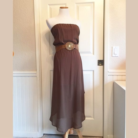 Sale! LastChiffon Dress w/ Belt On sale from $26! This dress is so lovely! Can be boho or classic, you decide! Wear it to the beach or to lunch downtown. A must have dress for sure! Belt included. This is a2 for $20 item!  Please comment below if you'd like one, and I will create a separate listing for you  ❌No trades, no PayPal, no holds Instagram: @lovelionessie ⚜www.lovelionessie.com⚜ Dresses Midi