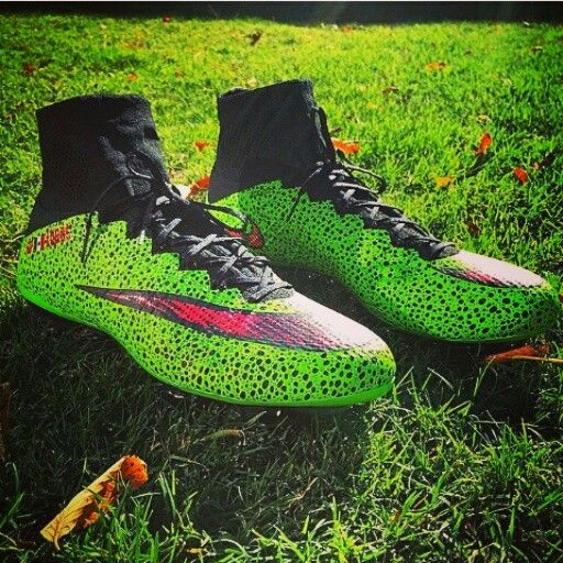 Custom green superfly #nikeid