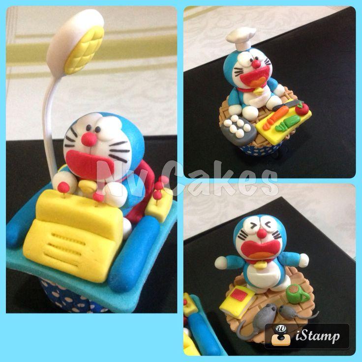 Doraemon fondant by NV Cakes