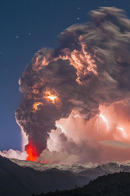 The Cordón Caulle volcano eruption and thunderstorm in 2011, Chile.