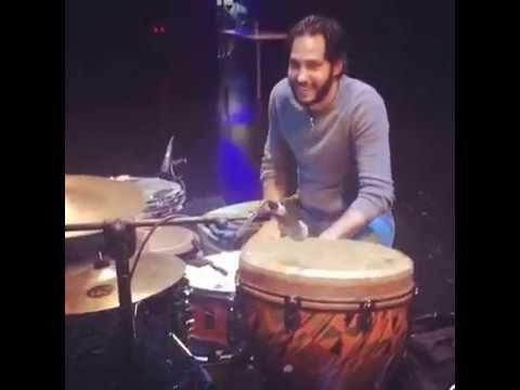 Paco Vega probando sonido con Antonio Rey en el Auditorio Box en Sevilla - YouTube