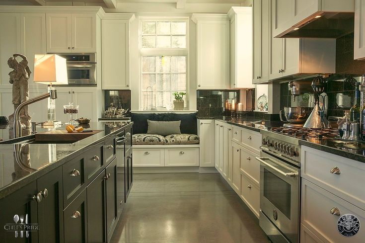 Steeled for culinary excellence: the beautiful #Bertazzoni #Professional stove graces any kitchen with Italian flair!