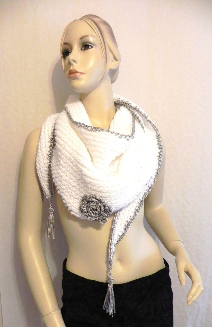 écharpe chèche en laine blanche tricot fait main accessoires mode femme hiver chèche foulard : Echarpe, foulard, cravate par yolande