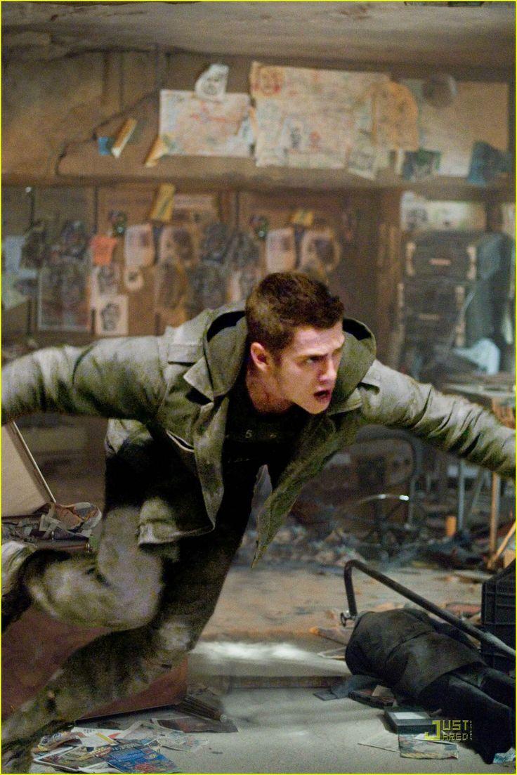 'Jumper' Movie Stills | Hayden Christensen.