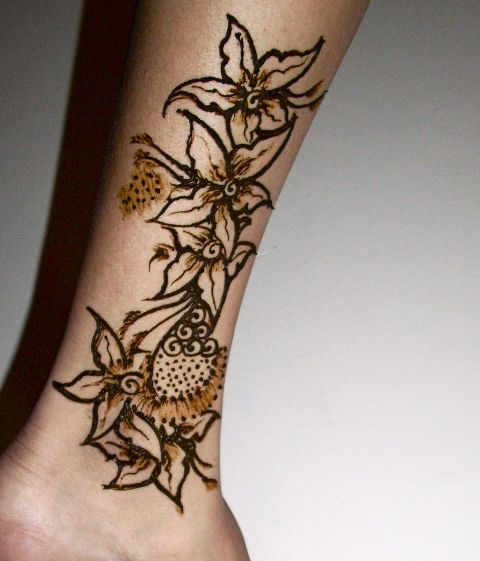 1000+ images about henna legs ankles on Pinterest   Henna ...