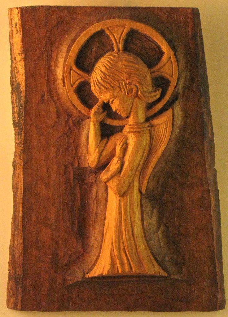Angel   walnut    cm 25    2004