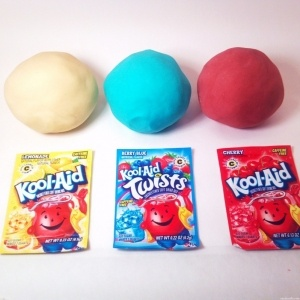 How To Make Playdough - No Cook Recipe.  Love this dough because it is an easy way to add color and scent.