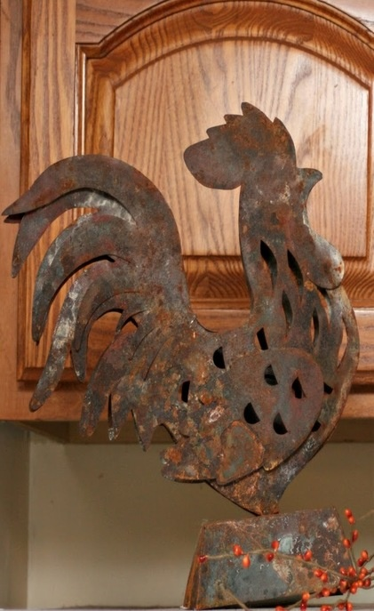 Rusted Rooster, to wake up the gardener.