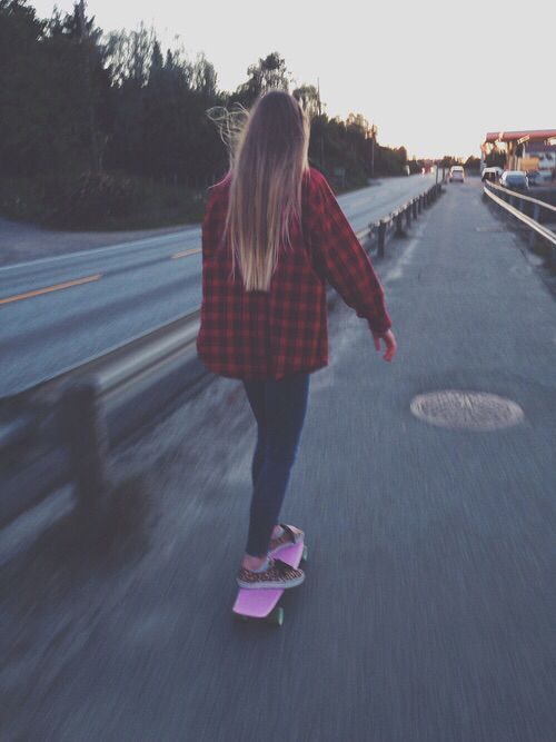 I just got a big flannel like this and I loooovveee it soooo much!! I'm a flannel freak:) plus, I like this picture.