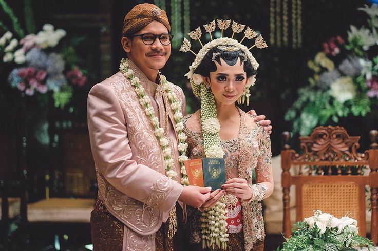 Pernikahan Adat Jawa Jihan dan Tatok di Semarang -