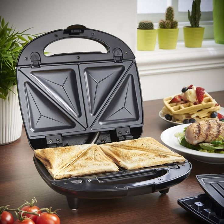 """6 Likes, 1 Comments - Domu.co.uk (@domu.co.uk) on Instagram: """"The 3 in 1 Sandwich Maker, Waffle Iron & Grill has interchangeable plates so is perfect for making…"""""""