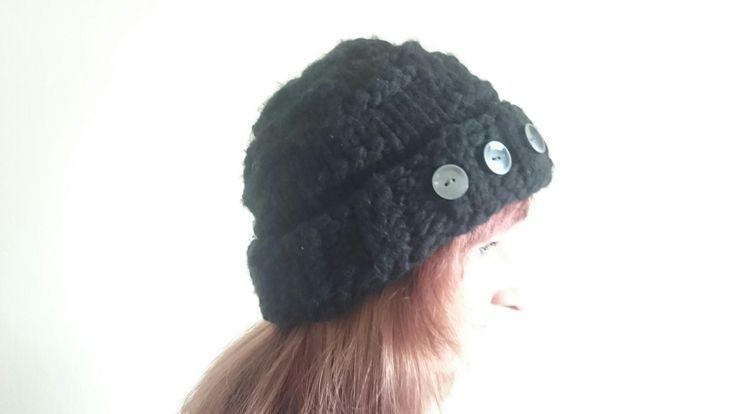 Wintermütze schwarz  Damenmütze Beanie Umfang 56cm schön lockerer Sitz