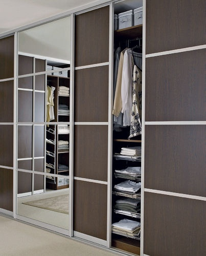 Wardrobe doors - mirror & veneer combo