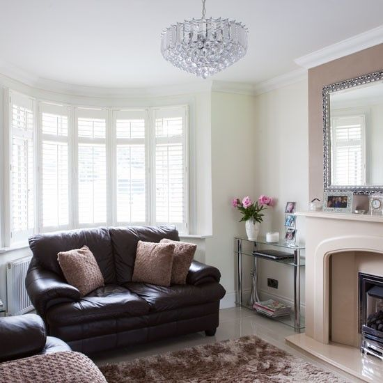 Exceptionnel Be Inspired By An Updated 1930s Home In Essex. Cream Living RoomsLeather  Living RoomsSmall Living Room ...