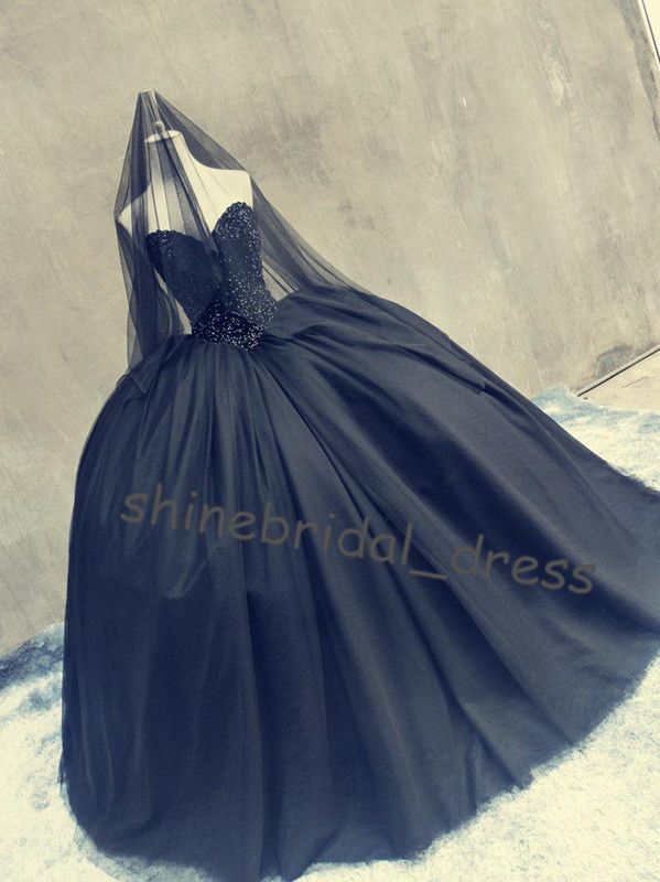 Gothic Black Ball Gown Wedding Dress for Halloween Vintage Quinceanera Dresses