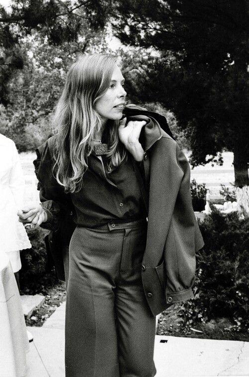 joni mitchell, 1974.