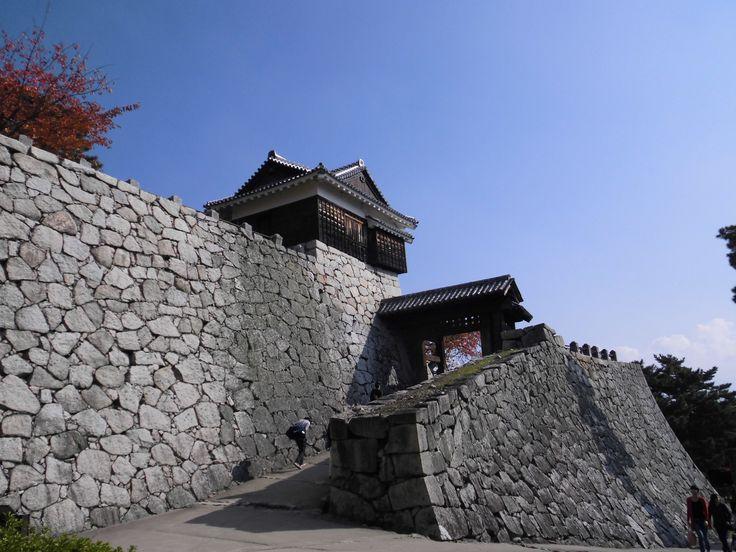 松山城 たしか乾門