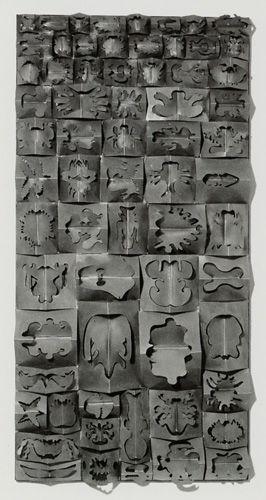 Ficheiro:Escada, José, Sem título, Relevo espacial, 1974, chapa de ferro recortada, 200 x 100 x 14 cm.jpg