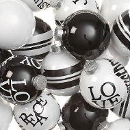Design Christmas Balls - Dutch Designer Jan des Bouvrie Christmas Ornaments in Black & White in Pop-Art Style! #JanDesBouvrie