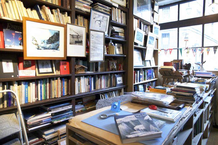 Librairie des Alpes (6eme) ©Mathieu Delmestre