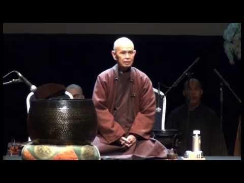 """Fundación Ananta: Thich Nhat Hanh """"El Arte de Vivir Despiertos"""" en españ..."""
