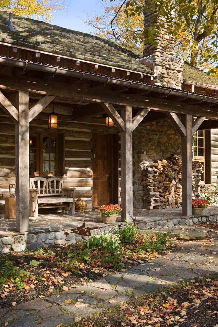 Striking rustic stone and timber dwelling in Ontario, Canada