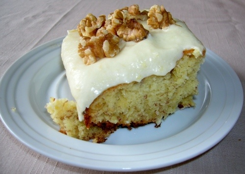 Quick Banana Cake - Yellow cake mix,2eggs,half a cup evaporated milk,2ripe bananas, 1 stick of butter.