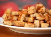 Grzanki do zupy (sześcianiki) naturalne, ziołowe lub czosnkowe (dieta wegańska)