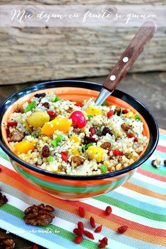 Mic dejun sănătos cu fructe şi quinoa