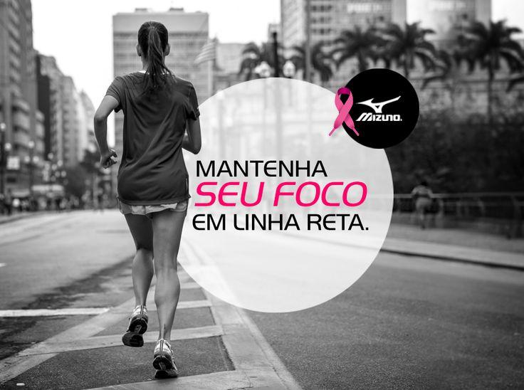 Ao participar de uma prova longa, evite o ziguezague. Correndo em linha reta você economiza energia e otimiza seu pace.