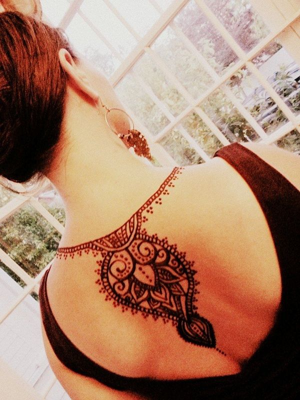 best 25 henna neck ideas on pinterest 3 tattoo pinterest tattoo ideas and small henna tattoos. Black Bedroom Furniture Sets. Home Design Ideas