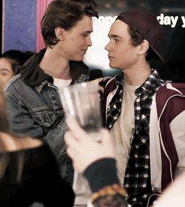 Boyfriends singing together