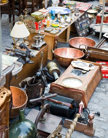 Favorite antiques show: Sparks Flea Market in tiny Sparks, Kansas -- population 9! In the summer, though, the crowd swells to 75,000 who browse through 450 antiques dealers' booths.