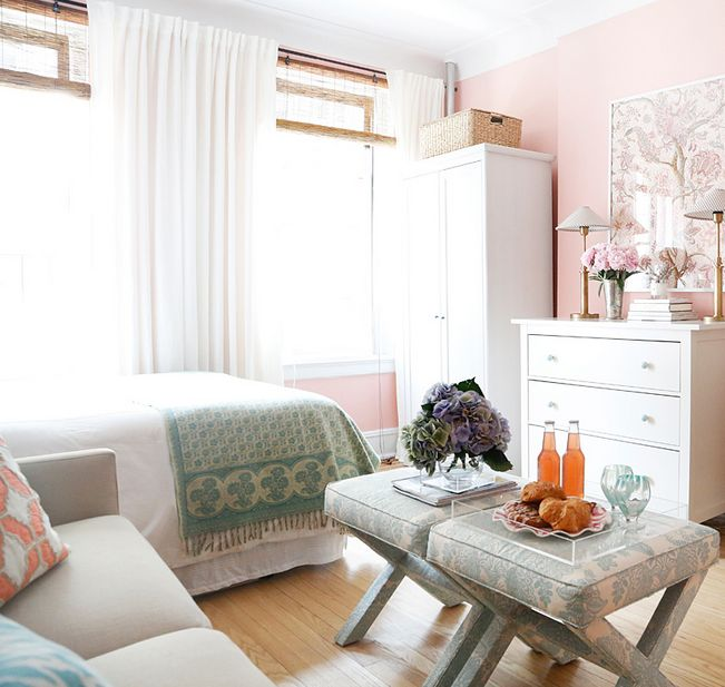 Look For An Apartment: Tour An Elegant, Feminine Studio