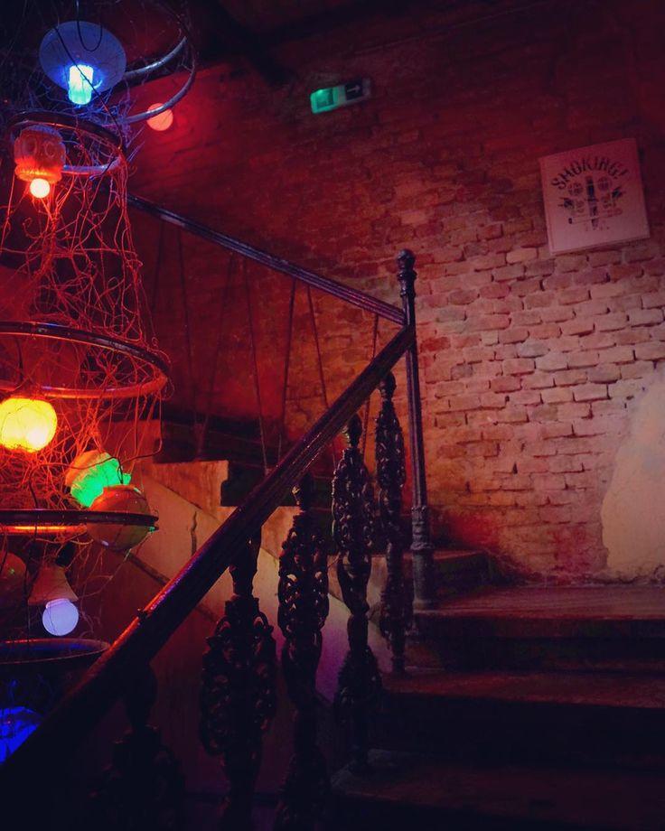 #SzimplaKert #Nightlife #Budapest #Ruinbar #Bar #Pub