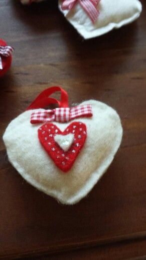 cuore  in feltro