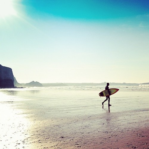 Early morning surf at Watergate Bay