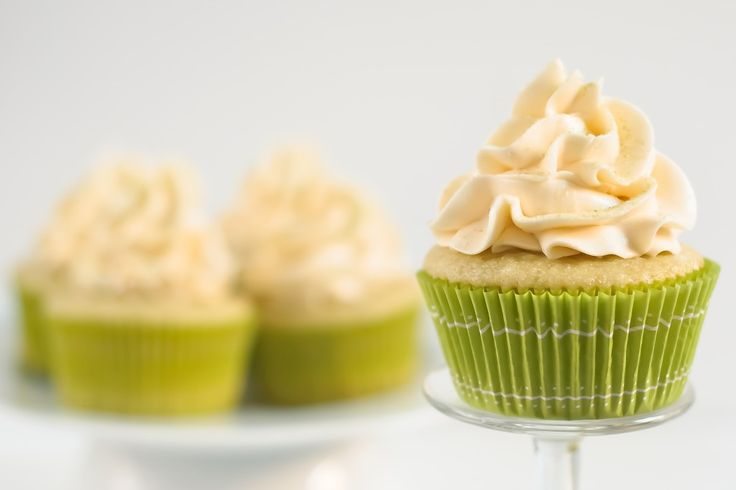 Green Tea Cupcakes with Honey Cream Cheese Frosting - Yea I made those! (p.s. instructions for the cream cheese frosting are in the comments section)