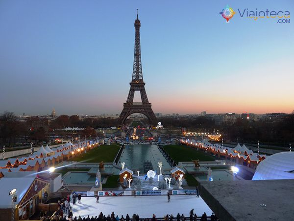Mercados de Natal em Paris -http://bit.ly/1tpScUw