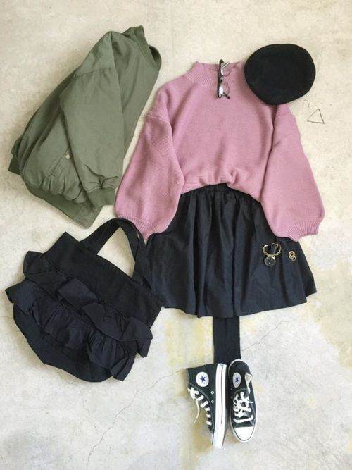 ナチュラル服のイタフラさんの「WEB限定フリルバック(mystic)」を使ったコーディネート ピンクニット コーディネート pink knit tops sweater outfit style coordinate
