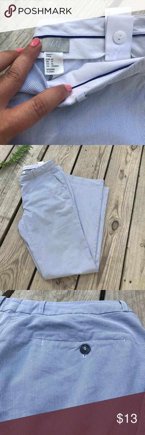 """Sz 12 H&M Casual Seersucker Pants 34""""W x 31.5 Inseam x41""""L .. I'm 5""""3.5 tall and I had to cuff bottom and wear wedges for fit. H&M Pants Boot Cut & Flare"""