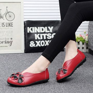 US Size 5-13 Women Flower Flat Shoes Casual Outdoor Leather Slip On Round Toe Lo - US$28.50
