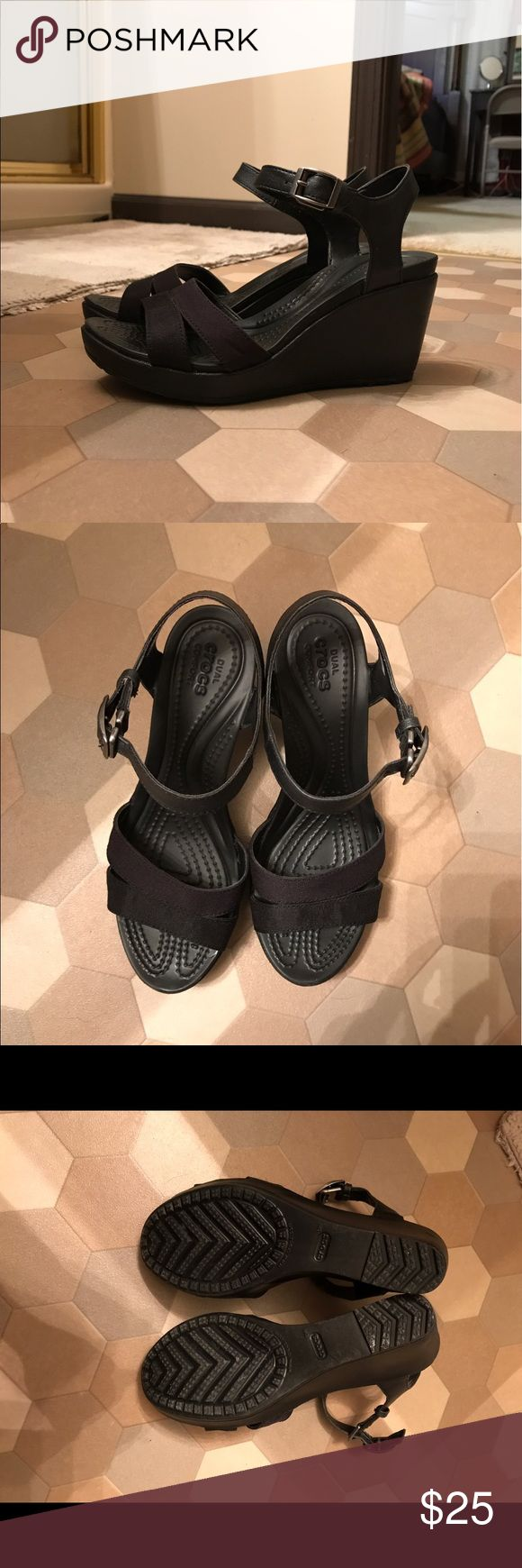Women's Crocs Leigh II Wedge Sandals Women's Crocs Leigh II Wedge Sandals Black Size 7 in excellent condition, super comfy, only worn once. CROCS Shoes Wedges