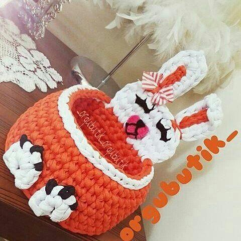 Para inspirar!  Boa noite fiquem com Deus! . . .  By @_orgubutik_ - . . . . . #inspiration #inspiração #cestatrapillo #cestotrapillo #cestofiodemalha #fiosdemalha #trapillo #yarn #crocheteiras #crochet #crocheting #crochetlove #crochetingaddict #croche #yarnlove #yarn #knitting #knit #penyeip #craft #feitoamao #handmade #croche #croché #crochê #croshet #penyeip #вязаниекрючком #uncinetto #かぎ針編み #instagramcrochet #totora